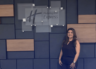 Glenda Carrillo es la nueva gerente del Holiday Inn Express Manga